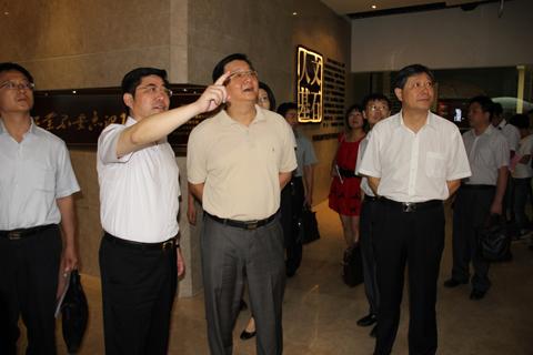 海门工业园区党工委副书记,管委会常务副主任梁辉,海门工业园区党工委